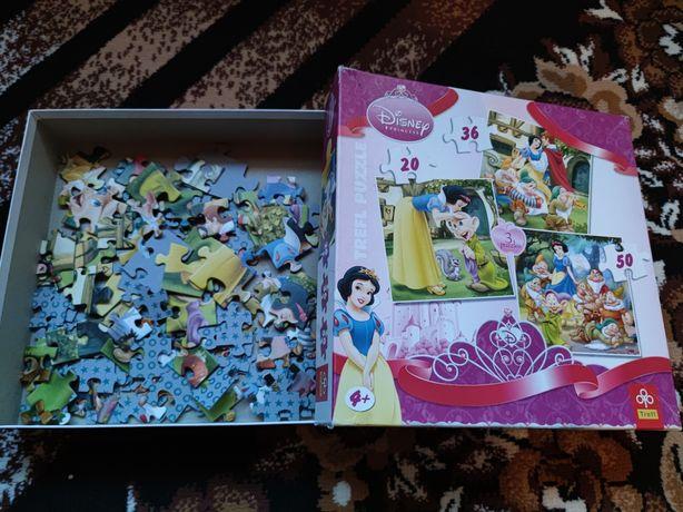 Puzzle - trzy różne obrazki