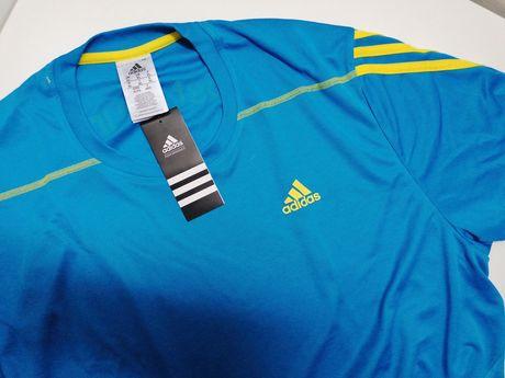 T-shirt Adidas Nova com etiqueta