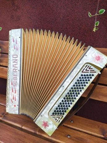 Akordeon Soberano 80 basow