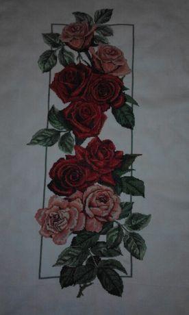 """Quadro """"Rosas vermelhas"""" em ponto cruz"""