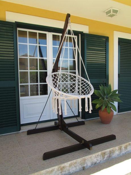 Suporte em madeira para cadeira de rede ou pano
