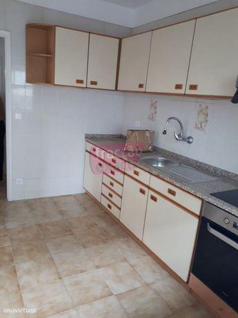 Apartamento, para arrendamento, Porto - Campanhã