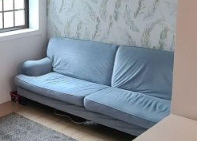 Sofá cama de três lugares como novo. Baixa de preço.