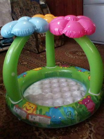 Продаю детский надувной басейн