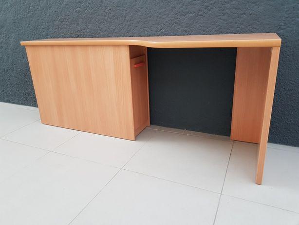 Módulo de secretaria com sapateira