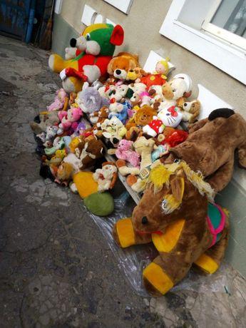 Продам мягкие игрушки одним лотом