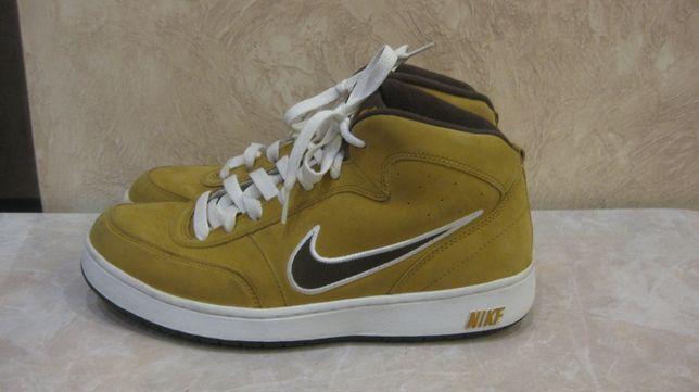 Продам кроссовки Nike Camel Оригинал