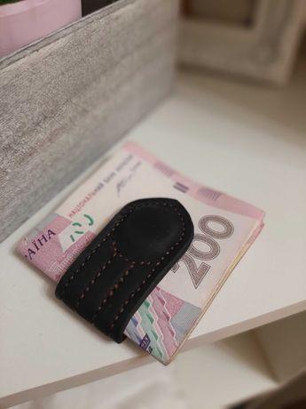 Зажим для денег на магнитах