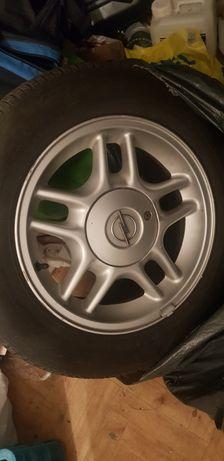 Alu felgi 15 Opel z oponami