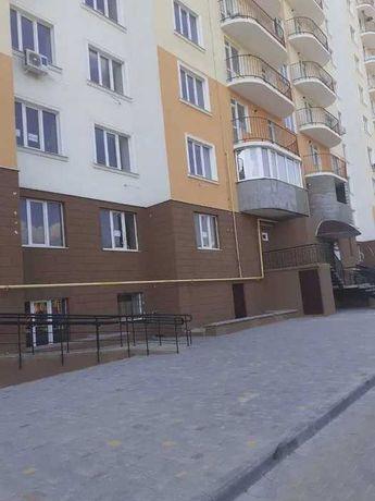 Продам квартиру в сданном кирпичном доме по Днепродороге