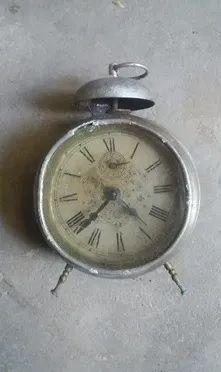 Relógio para decoração - peça antiga