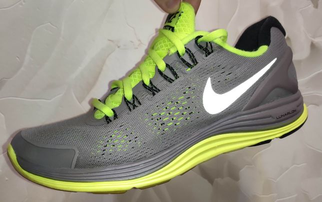Nike LUNARGLIDE 4 (40.5р./25.5см)