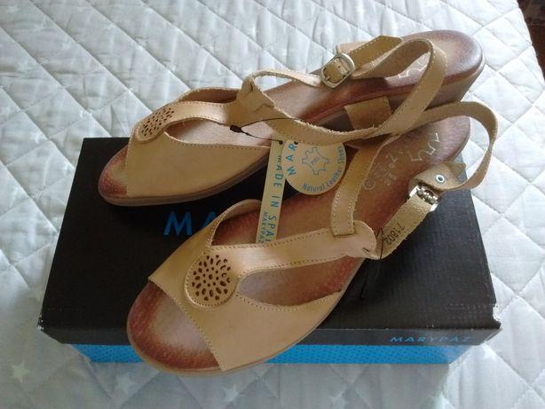 Sandalia verao sapato 40(39) novos