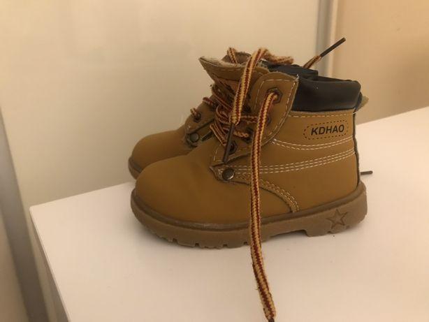 Buty zimowe trapery dziecięce rozmiar 23