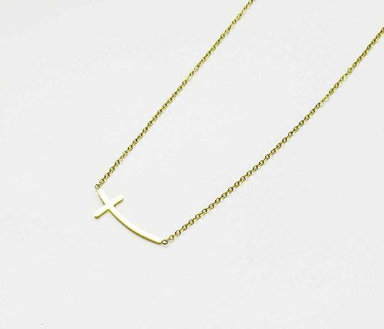Naszyjnik celebrytka zaokrąglony krzyżyk stal chirurgiczna złoty C94