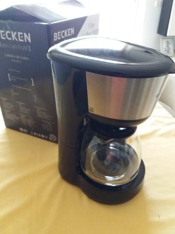 Maquina café filtro  Becken Preta