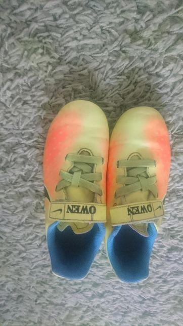 Buty korki Nike r.30