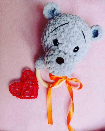 Погремушка - грызунок медвежонок ручной работы на заказ любого цвета