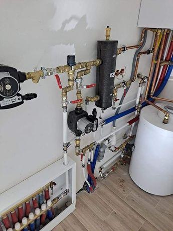 Hydraulik / Usługi hydrauliczne