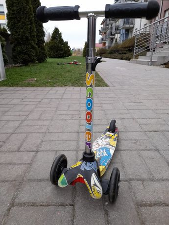 Hulajnoga trójkołowa scooter