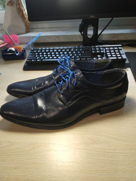 Buty do garnituru eleganckie, praktycznie nowe ze skóry!