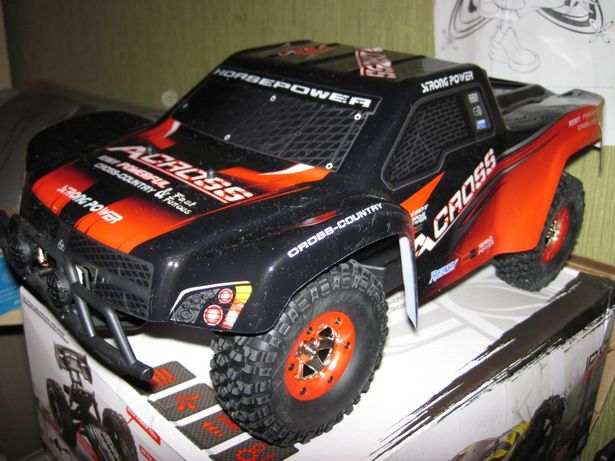 Машинка шорт-корс WL-toys 12423, полный привод 4X4. Скорость 50 км/ч