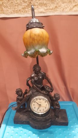 Piękna figura rzeźba zegar Crosa lampa Galeria Sztuki