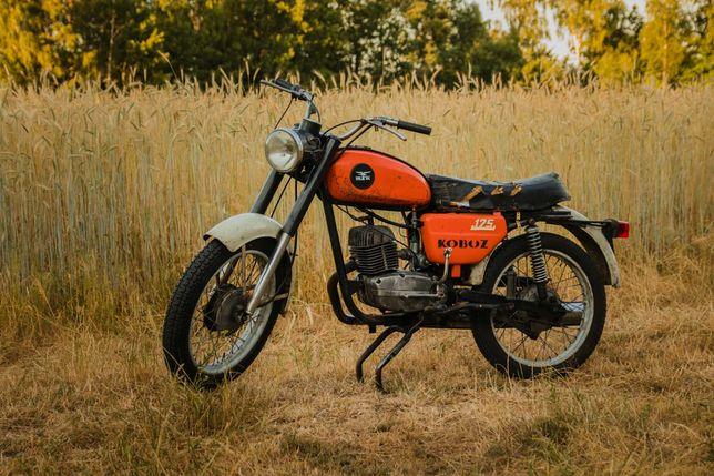 Motocykl Wsk 175