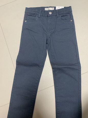 Spodnie chłopięce skinny granatowe rozm. 128 Cubus