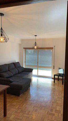 Apartamento T2 Esgueira mobilado junto ao IMT