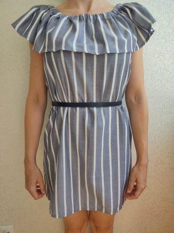 Платье лёгкое, новое.