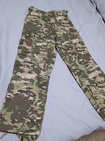 Spodnie bojówki moro rozmiar S/M jak nowe Mil-Tec BDU Ranger Multicam