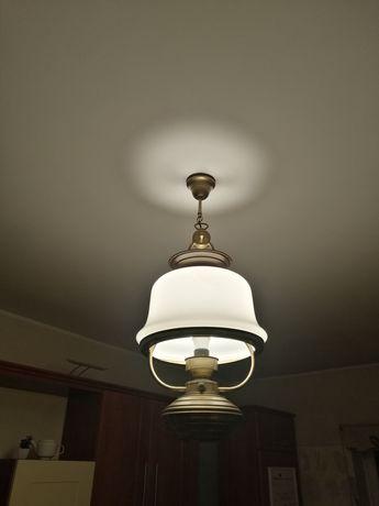 Okazja do końca tygodnia! Stylowa lampa mosiężna