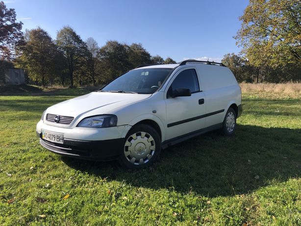 Продам Opel Astra J