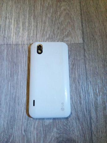 Продам телефон LG P970
