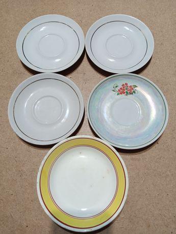 Посуд тарілки 5 штук.