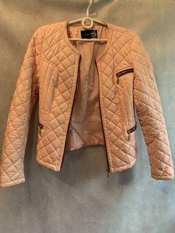 Pikowana pastelowa różowa kurtka S