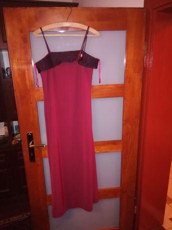 Sprzedam sukienkę wisniowa