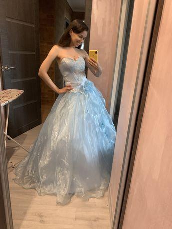 Сукня вечірня, випускний