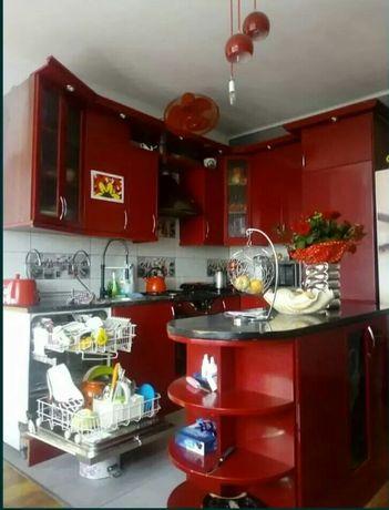 Meble kuchenne z wyposazeniem
