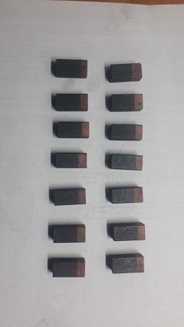 Токосьемные графитные щетки 12,5х10х25мм генератора ЕСС5, ДГФ-82-4 1
