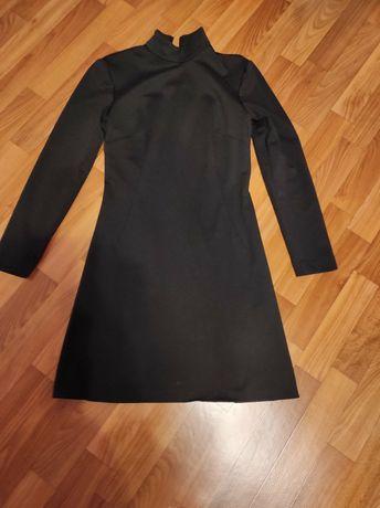 Женское чёрное платье