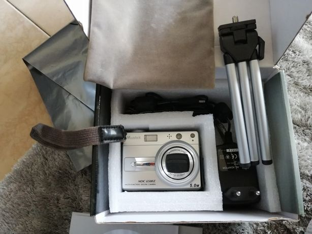 Máquina fotográfica Mustek