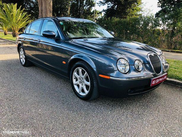 Jaguar S-Type 2.7 D V6 Executive Auto.