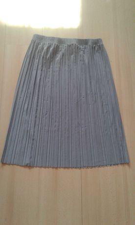 Nowa plisowana damska spodnica roz. L