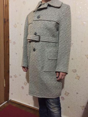 Пальто для мальчика 9-12 лет