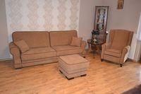 Zestaw wypoczynkowy Kanapa rozkładana + fotel Uszak + pufa - producent