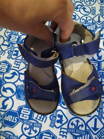 Італійське шкіряне взуття Walkey