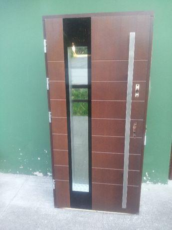 - 50 % Wyprzedaż Ekspozycji Drzwi Drewniane 88 mm Zewnętrzne 97 x 202