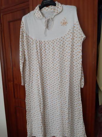 Camisa de dormir em algodão.